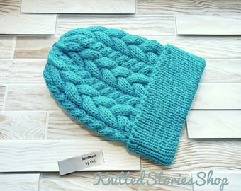 women's knitt hat