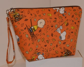 Charlie Brown Fall Leaves Gathering project bag