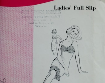 1960s Sew Knit N Stretch 212 / Ladies' Full Slip for Knits / Kerstin Martensson /Sizes S-XL  / Vintage Sewing Pattern