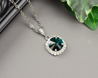 Emerald Green Necklace - Silver Emerald Bridesmaid Necklace -  Swarovski Crystal Pendant Necklace - Wedding Jewelry - Emerald Bridal Jewelry