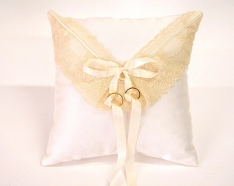 White Wedding Ring pillow, lovely, satin with beige lace envelop shape bridal preparation room decoration engagement gift