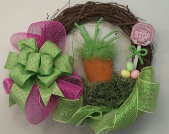 ON SALE Easter Carrot Wreath, Easter Deco Mesh Wreath, Carrot Wreath, Easter Egg Wreath, Easter Bunny Please Stop Here, Grapevine Wreath