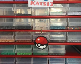 keychain, Pokeball Pokemon, geek hama mini handmade