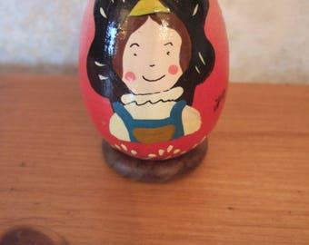 Alsatian ask wooden egg