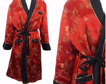 Vintage Chinese Red Dressing Gown Lounging Robe Kimono Unisex 1960s Size M kD8XQT