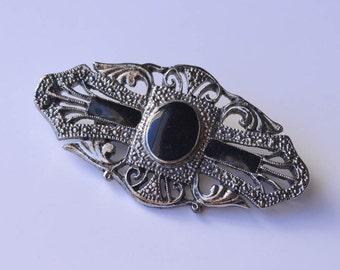 Black Onyx Brooch in Silver Setting Vintage Brooch