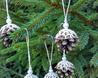 Handmade Christmas ornaments, Natural pine cones, Crocheted pine cones, Home decor, Cristmas tree ornaments, gift