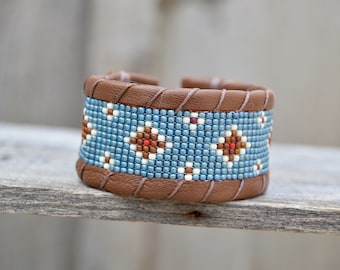 Seed Beaded Bracelet . Leather . Antique Button .  South Western  . Czech Glass  Handmade .
