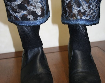Felted gaiter black and blue - 'Léopard bleu...'