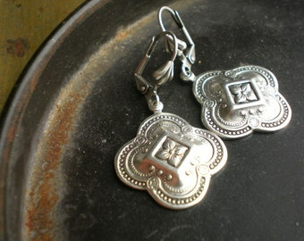 Medea Bright Antique Silver Embossed Quatrefoil Earrings on Shell Leverback Wires - Chi Mu