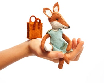 Charlotte fox kit, Felt Animal Craft Kit - Fox Sewing Kit - hand-sewing, fox ornament, beginner sewing kit, DIY sewing, fantastic fox