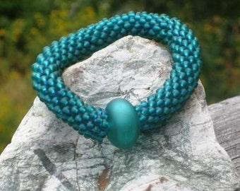Blue Spruce bead crochet bracelet...........FREE SHIPPING........................