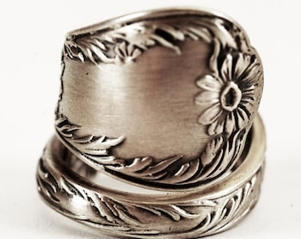 """Lovely Daisy Sterling Silver Spoon Ring by Gorham of 1901 called, """"Marguerite"""", Handmade in Your Size (5844)"""