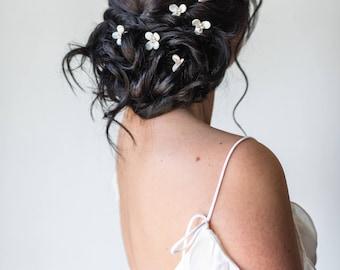 Blossom Hair Pins Petal Pins Flower Hair Pins Clover Pins Leaf Hair Pins Bridal Hair Pins Pearl Hair pins Floral Pins Hair Pick #164
