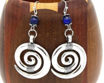These earrings spiral blue lapis cabochon, clip on earrings spiral gems and pearls