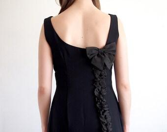 Vintage 1950s Little Black Dress with Bow / Size XS Small / Audrey Black Dress