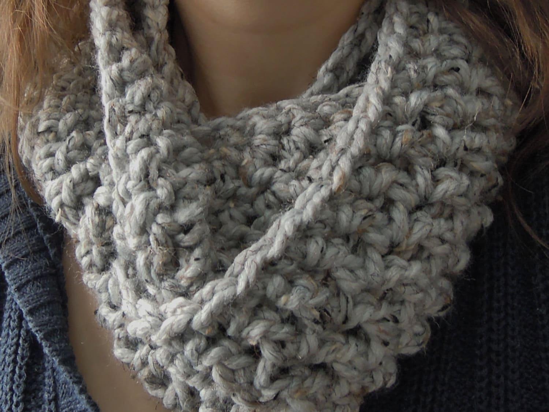 Easy chunky one skein infinity scarf crochet pattern zoom bankloansurffo Gallery