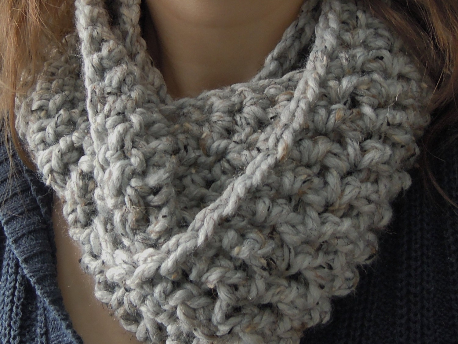 Easy Chunky One Skein Infinity Scarf Crochet Pattern from ...