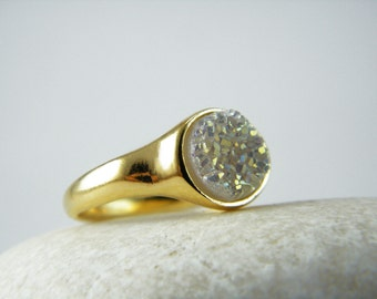 Druzy ring Druzy agate ring Gold druzy ring Bezel set ring Natural druzy ring White druzy ring Druzy stone ring