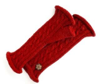 Mitaines torsadées rouge, 100% alpaga de teinte naturelle, faites à la main