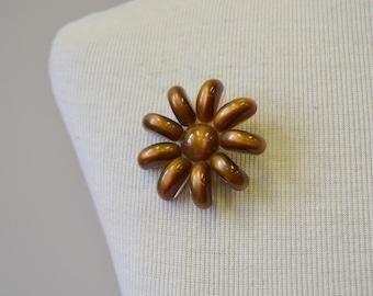 1960s Lucite Flower Brooch