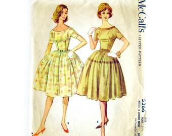 Vintage Dress Pattern / McCall's 5366 / Full Skirt / Scoop Neck V Back / Lucy Dress / Rockabilly Style / Vintage Sewing Pattern / Size 11