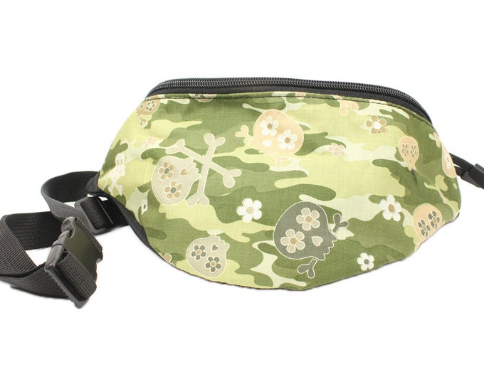 Fanny pack Camouflage Skull Bones fabric - Cute  - Hip Waist Bag for travel, sport, and recreation with 2-zippered compartments