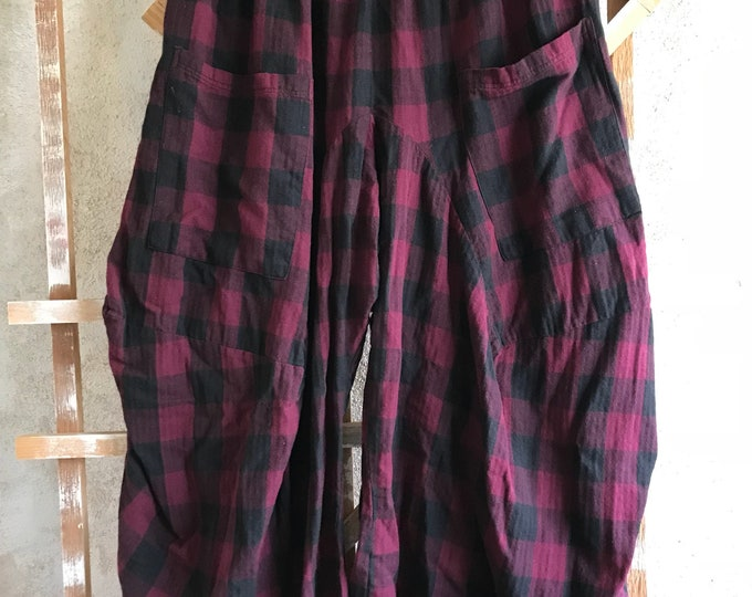 Burgandy plaid extra large lagenlook pant in flannel