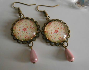"""Bronze stamped earrings """"garlands"""" glass cabochon"""