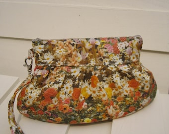 SALE 50% off BRIDESMAID CLUTCH, Janbag wristlet, flowers,cotton, medium, cosmetic bag, travel, sale,-- Flora orange