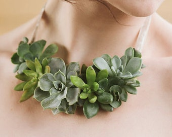 Necklace - fresh Sedum & succulent living jewelry