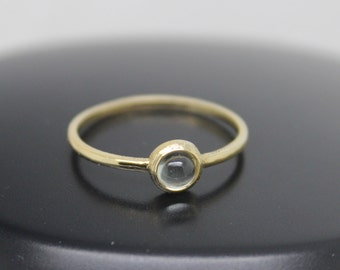 Labradorite Ring, 18k Solid Gold Ring, Thin Gold Ring, Stacking Ring, Stackable Ring, Gray Stone Ring