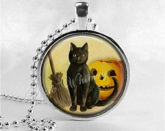 BLACK CAT Necklace, Vintage Halloween, Black Cat, Cat Pendant, Cat Jewelry, Cat Charm, Glass Photo Art Necklace Pendant, Black Cat Jewelry