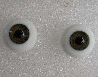 1 Pair 16mm Kais German Glass Doll Eyes  Hazel and White Long Stem