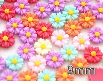 10 Flat Back Resin Daisies 9mm Flowers Cabochons - Card Making Embellishments Crafts Jewellery Making