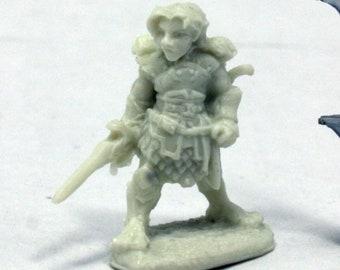 Dingo, Halfling Rogue - 77403 - Reaper Miniatures