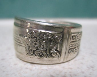 SALE - Vintage Spoon Ring - Size 7 or O