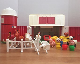 Vintage Fisher Price Little People Play Farm Barn Animals 100% Complete