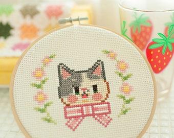 spotted cat - cross stitch pattern PDF, JPG - Instant download