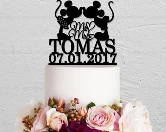Wedding Cake Topper,Micky And Minnie Cake Topper,Last Name Cake Topper,Disney Cake Topper,Custom Cake Topper,Mr And Mrs Cake Topper