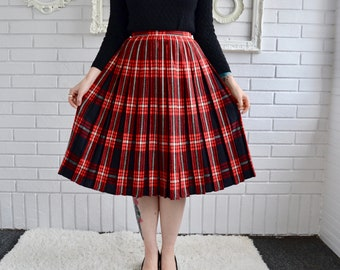Vintage Black and Red Reversible Plaid Pleated Skirt Size XS or Small