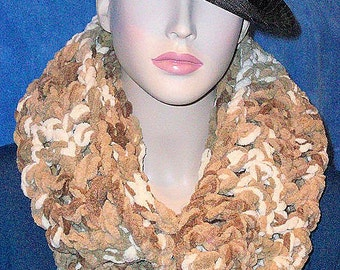 Brown Crochet Infinity Scarf, Brown Chunky Infinity Scarf, Brown Crochet Scarf, Chunky Infinity Scarf, Neutral Color Scarf, Tan Taupe Scarf,