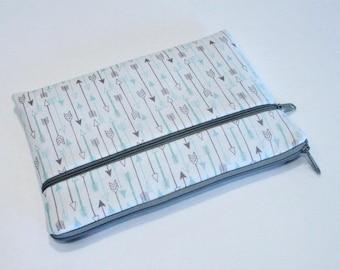Macbook Pro 13 inch case, Chromebook Sleeve, Hp Spectre x360 Case, Asus Zenbook case, Dell XPS Sleeve, iPad Pro Cover, Alienware-Grey Arrows