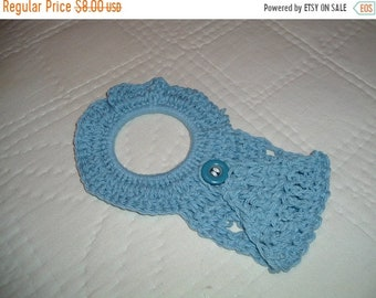 30% Off SPRING SALE Crocheted Country Blue Towel Holder