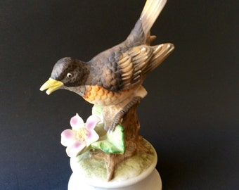 Vintage Royal Crown bird figurine