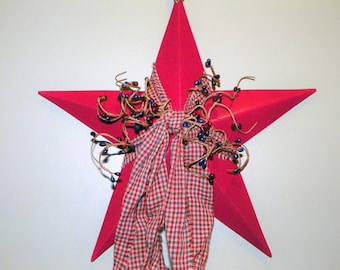 Metal Star 12 Inch Metal Star with Burgundy and Navy Pip Berries