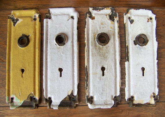 Antique Shabby Chic Door Plates (set Of 4)Antique Door Hardware.Door Knob  Backplates.Vintage Wedding Decor.Rustic House Number Plaques. From  Lesaestes On ...