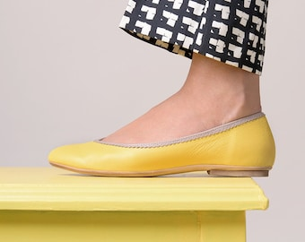 Yellow flat shoes leather handmade