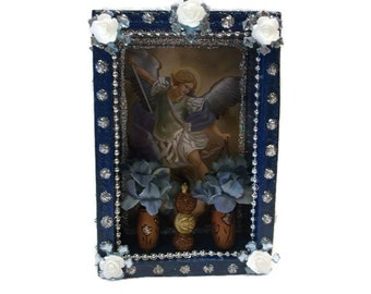 St Michael Nicho, Mexican Wood Nicho, Arch Angel Michael, Mexican Magnet, Ofrenda Decoration, Mexican Kitsch, Catholic Church, Micheal Altar