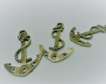 3 x Large Antique Gold Anchor Pendant Charms - F11